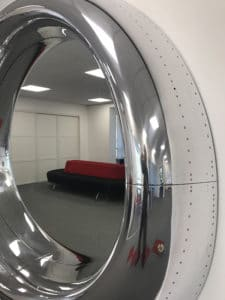 737-700 Jet Mirror