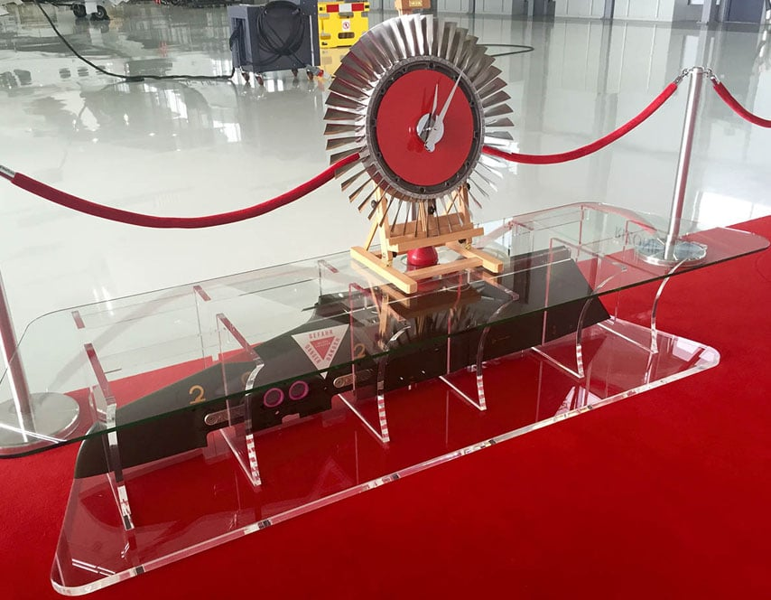Tornado Wing Pylon TV table